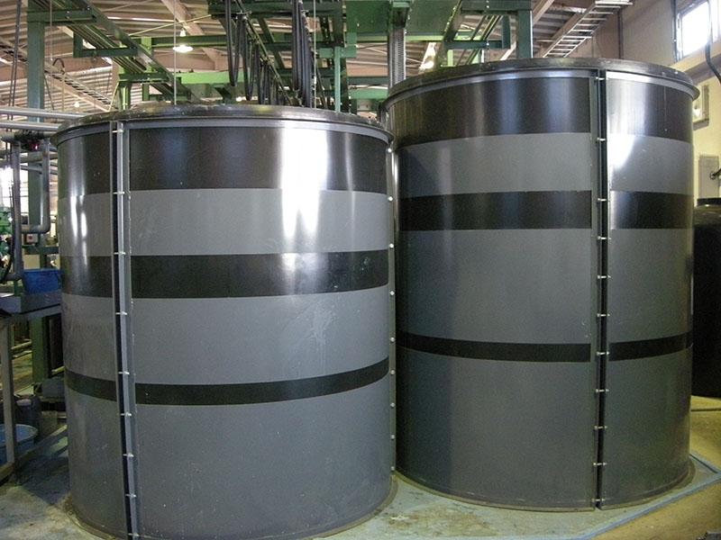 メッキ液の空け変え用タンク